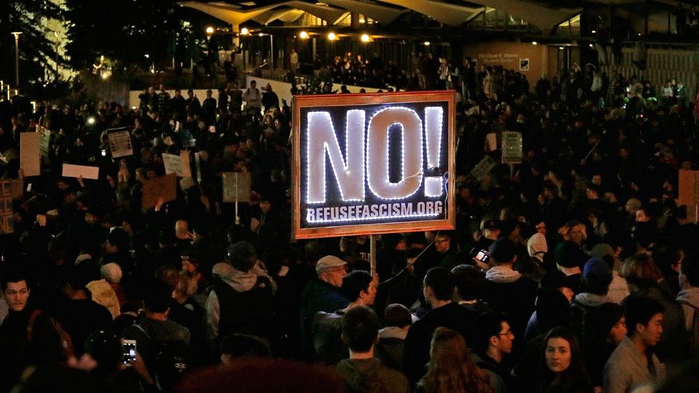 milo yiannopoulos berkeley riot protest