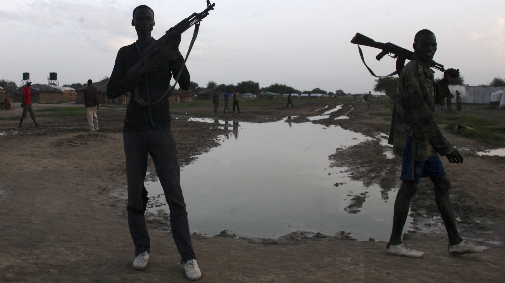US charity Samaritan's Purse says South Sudanese staffers detained by 'armed personnel' in country's north.