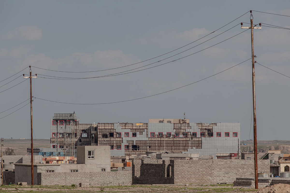 Qayyarah hospital felt into ISIL's hands a few months before its official inauguration. [Sebastian Castelier/Al Jazeera]