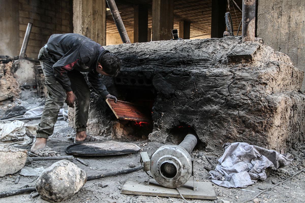 叙利亚人应对燃料短缺 - wuwei1101 - 西花社