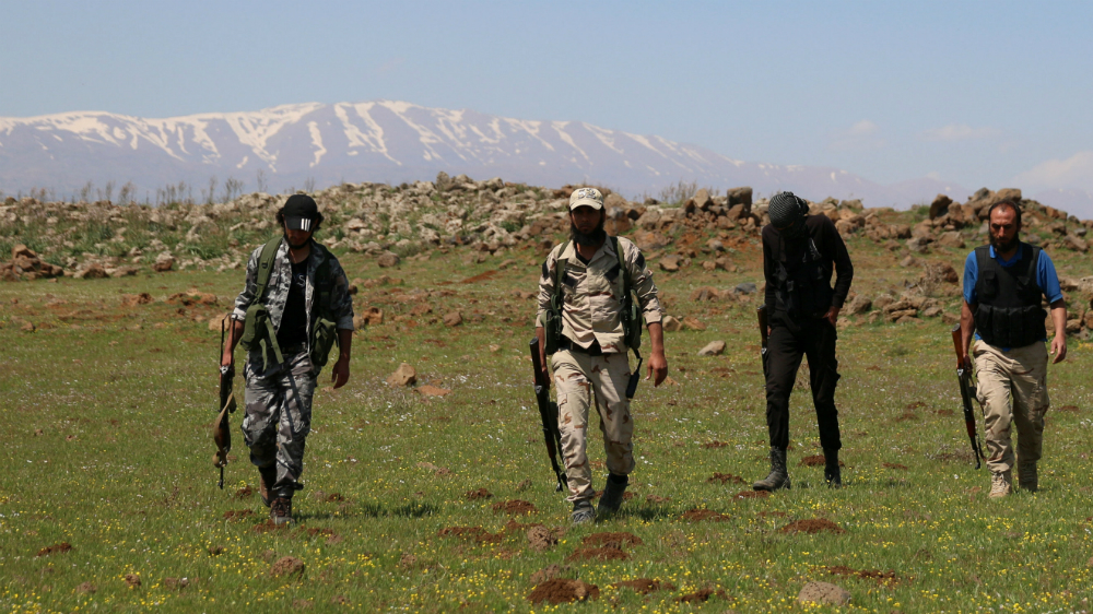 Syrian rebels: US sends more arms against Iran threat