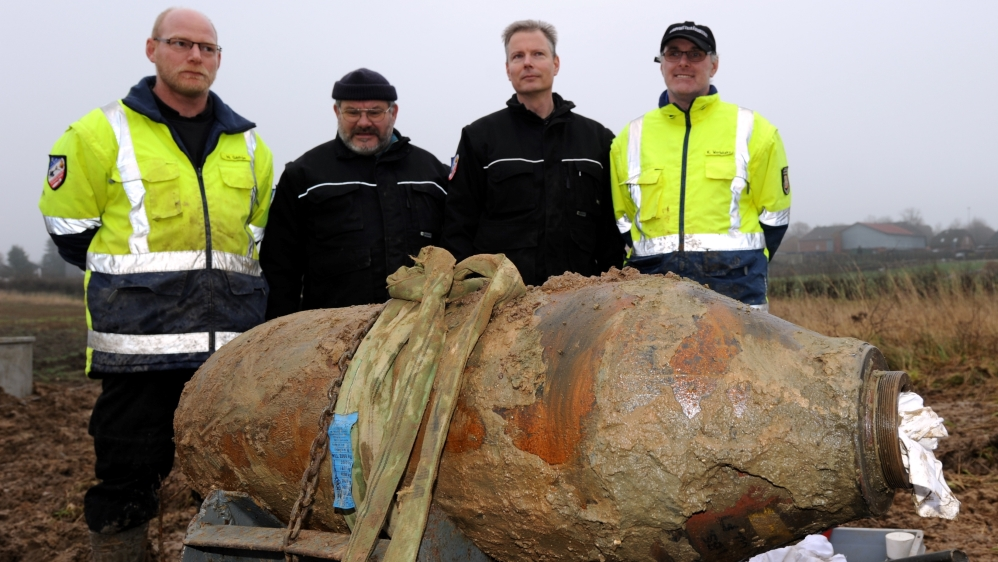 Thousands to evacuate after World War II bombs found in German city