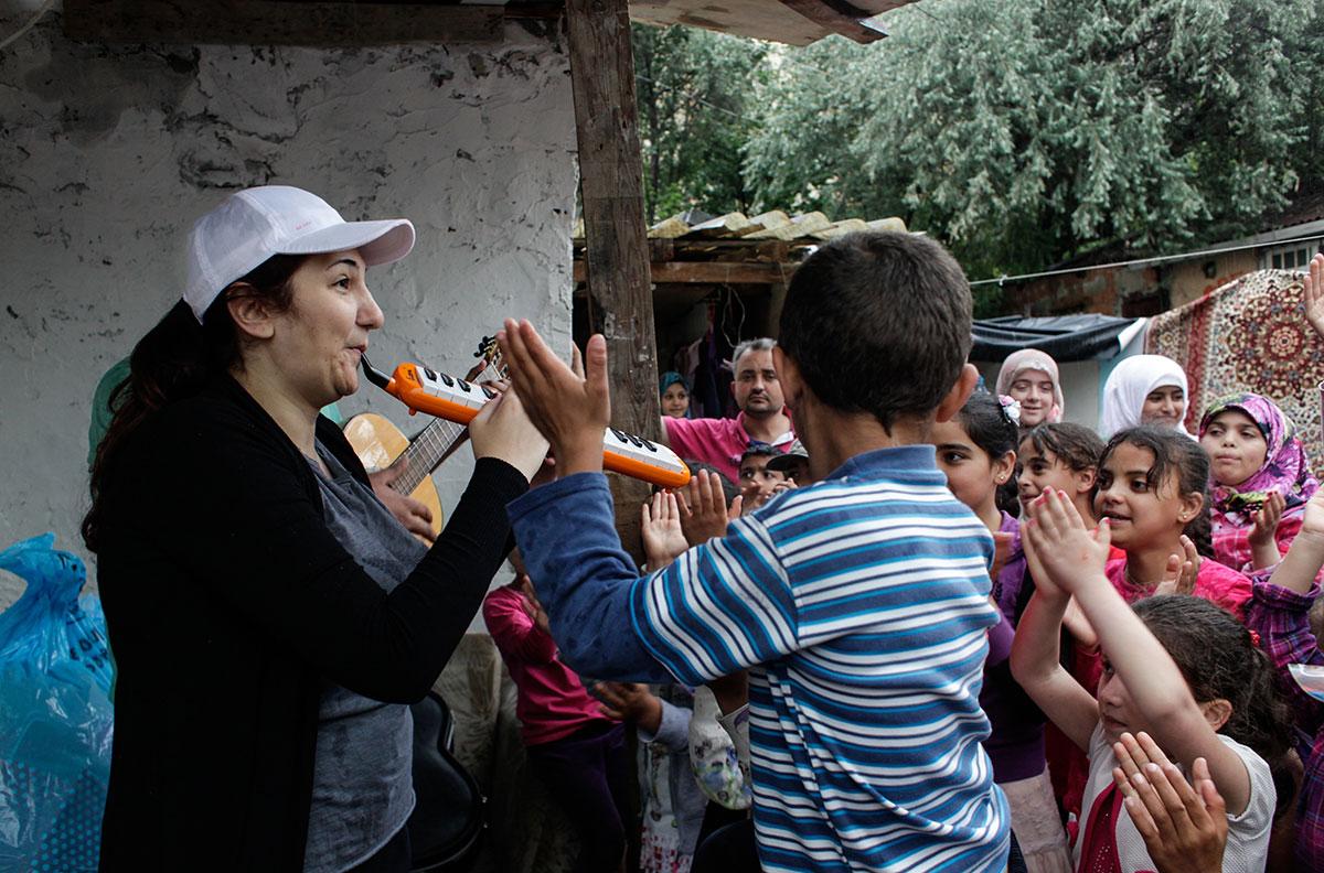 Poor People Toys : Poor people istanbul turkey imagenesmy