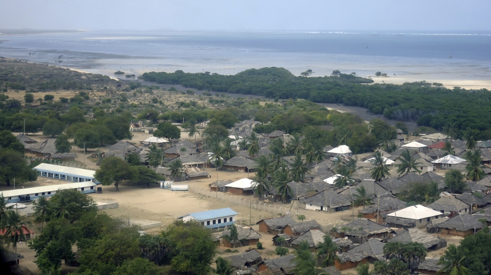 Deadly blast targets police near Kenya-Somalia border
