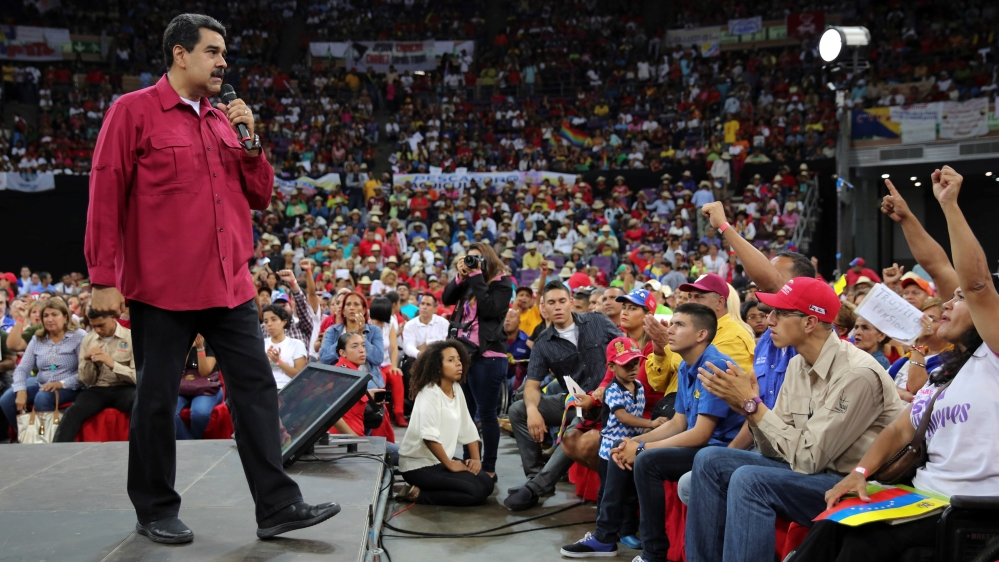 Maduro says supreme court attacked from helicopter