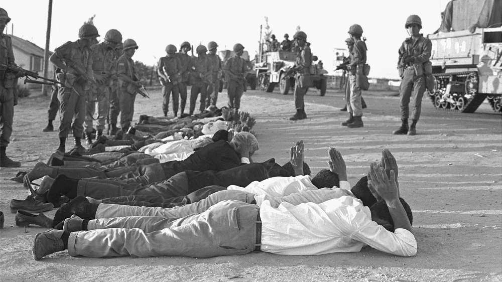 Israeli Sol Rs Stand Over Captured Egyptians And Palestinians At The Start Of The War On June 5 1967 Getty Images