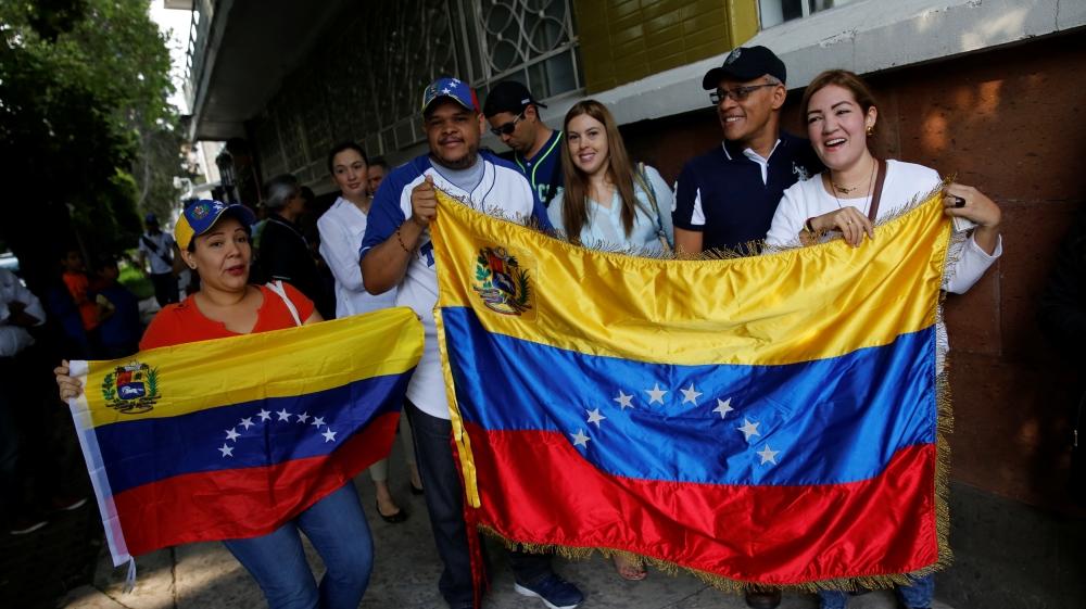 Venezuela: People vote in unofficial referendum | Politics ...