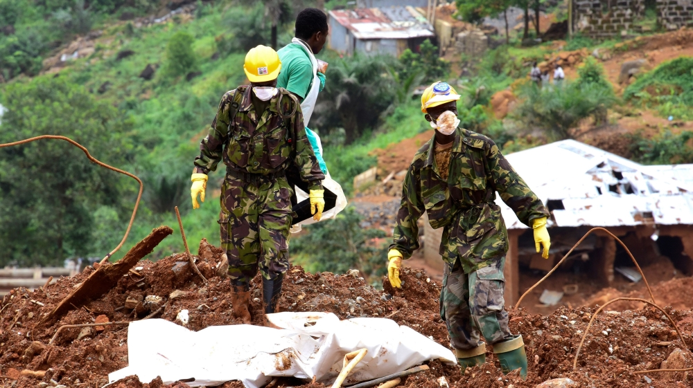 Government calls for 10,000 people to evacuate as more than 600 remain missing after devastating landslides.