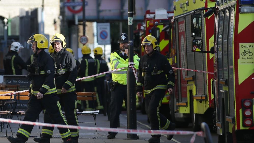 Met: Parsons Green station fire a 'terrorist incident'