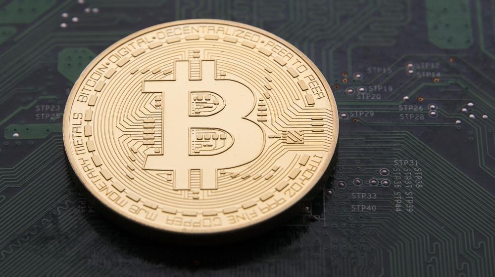 Bitcoin Price Plummets To 11900 Usd Per Btc
