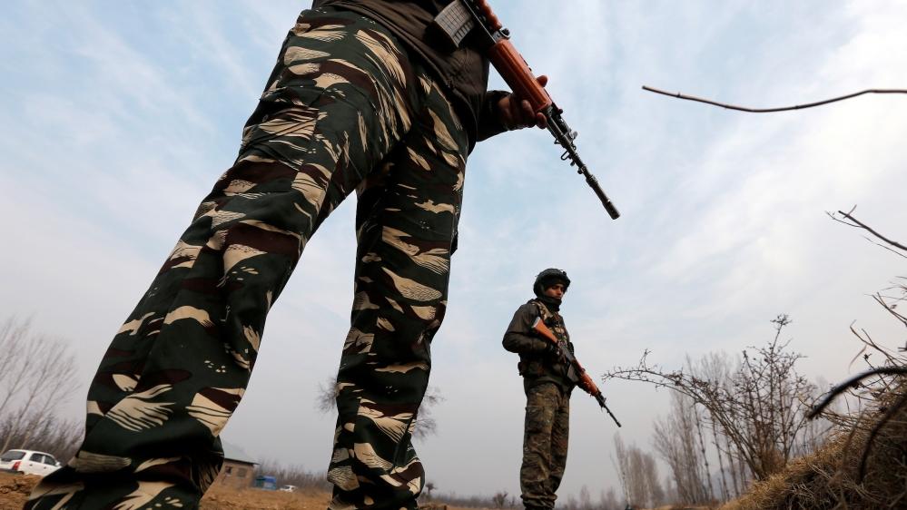 Bomb blast kills four police officers in Kashmir | News | Al