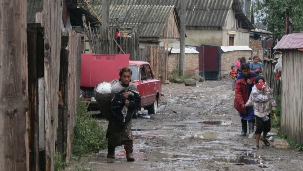 Attacked and abandoned: Ukraine's forgotten Roma | Far Right