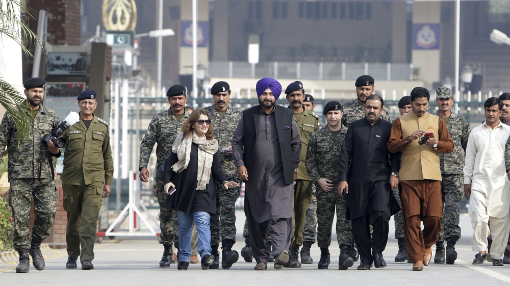 Pakistan and India break ground on visa-free Kartarpur