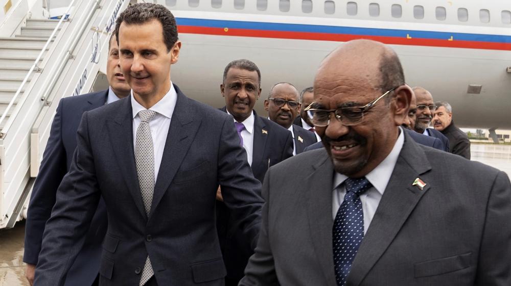 Sudan's Bashir first Arab leader to visit Syria since war began