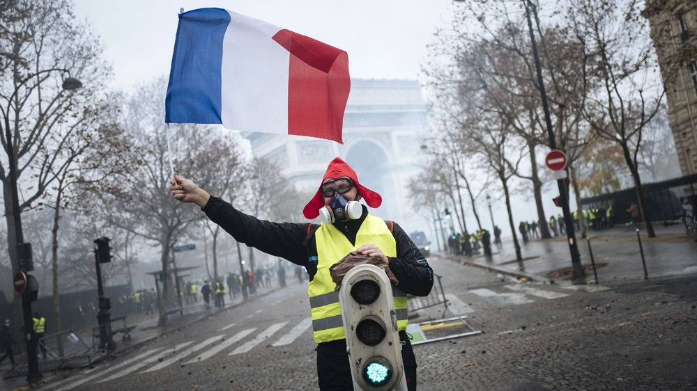 Hundreds Arrested In Paris As Yellow Vest Protests Turn Violent