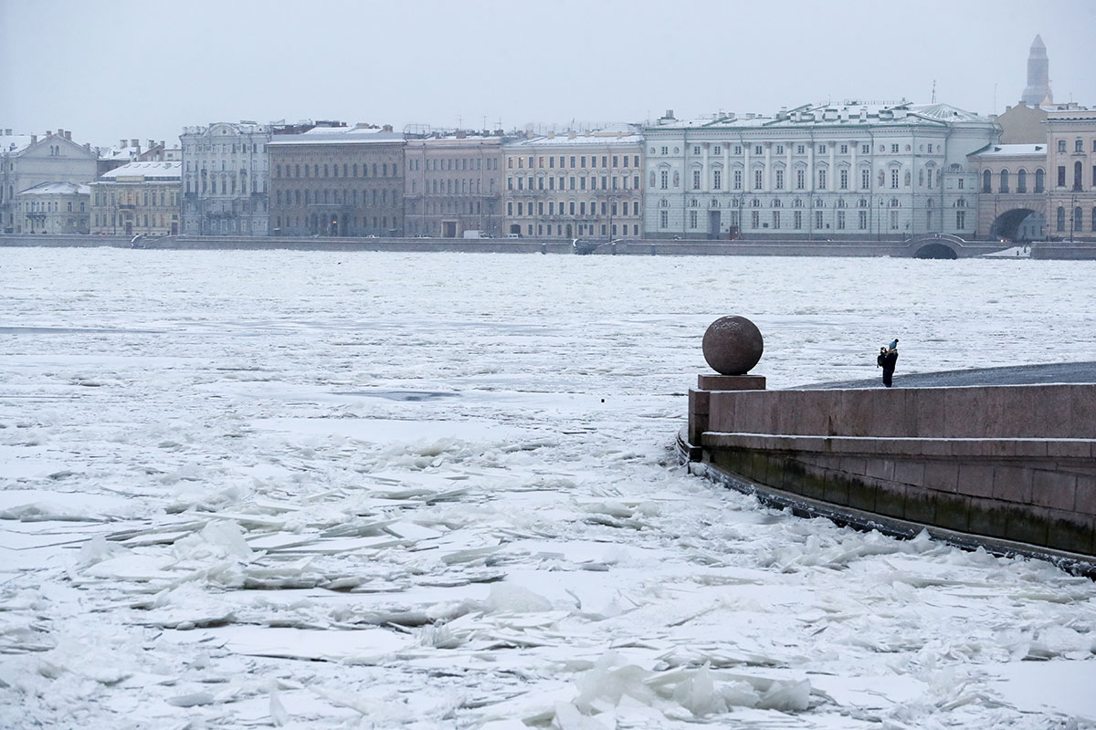 A view of snowy St Petersburg, Russia, as seen from the Spit of Vasilievsky Island. [Alexander Demianchuk/Getty Images]
