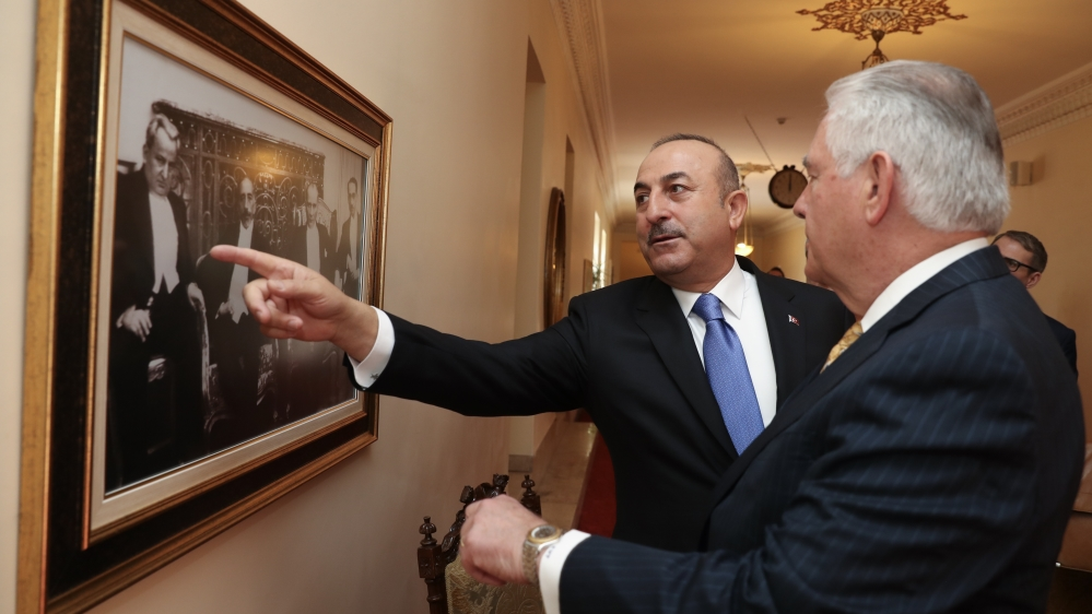 US and Turkey look to mend ties as Syria tension grows