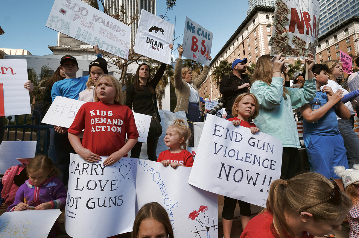 Fort Wayne Mall >> Students lead protests against gun violence in US | | Al ...
