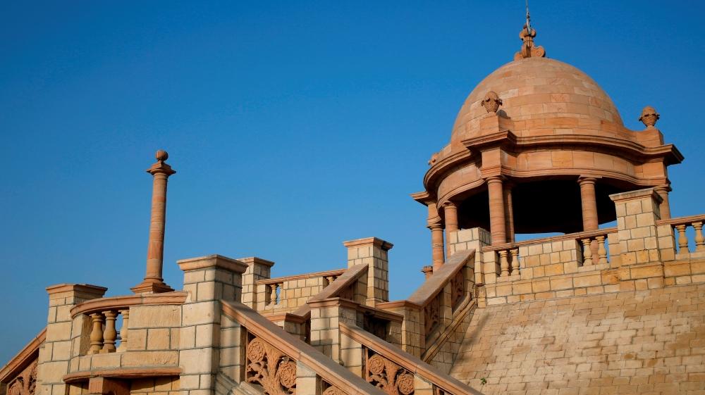 Karachi's Hindu temples, 'old city' in danger - NewsOdy