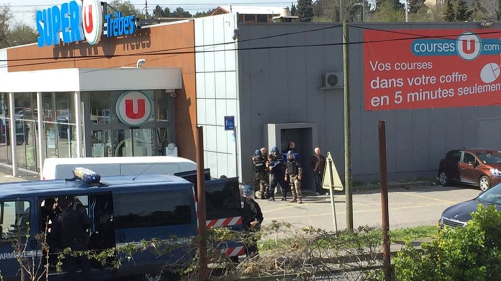 Gunman takes hostages at Trebes supermarket in southern France | Al Jazeera