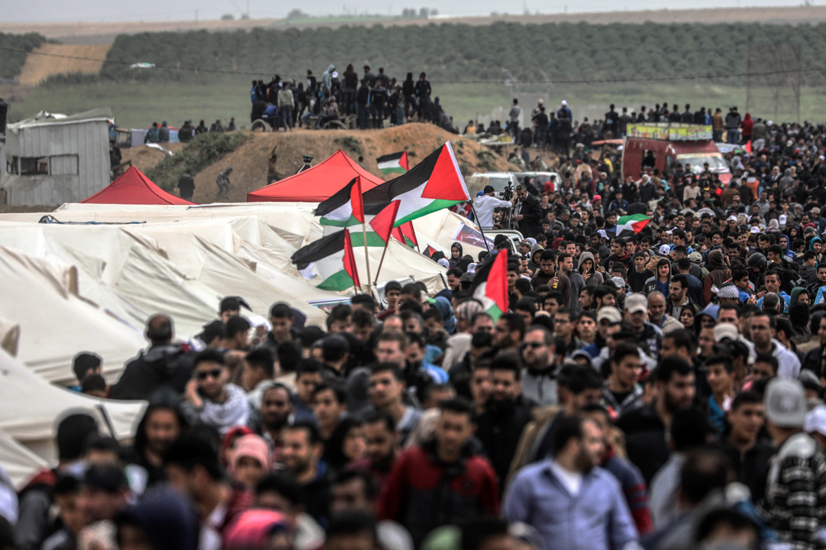 Palestinians have set up tents along the border with Israel and will carry out a six-week sit-in demonstration leading up to the commemoration of the 1948 Nakba. [Hosam Salem/Al Jazeera]