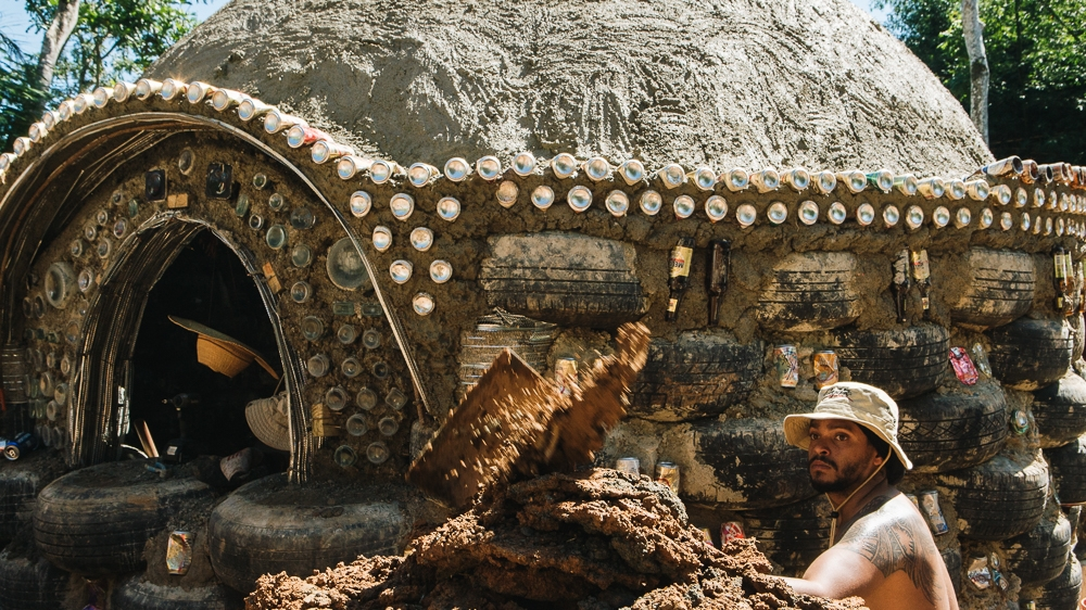 Meet The Couple Bringing Earthships To Hurricane Hit