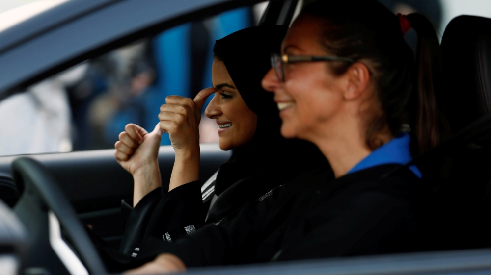 women driving in saudi why not The women to drive movement (arabic: قيادة المرأة في السعودية  qiyāda al-imarʾa fī as-suʿūdiyya) is a campaign by saudi women, who have more rights denied to them by the regime than men, for the right to drive motor vehicles on public roads.