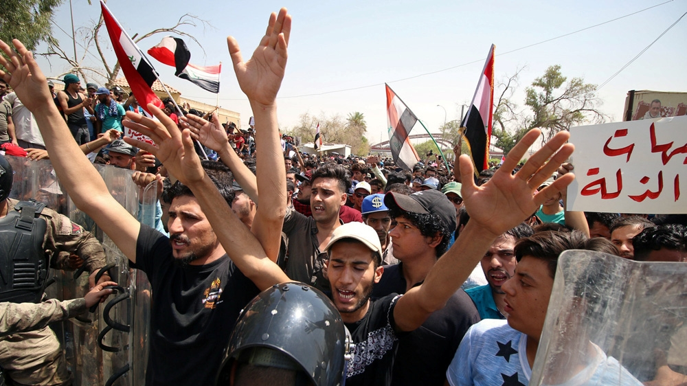 The US, electricity and Iran: What's behind the Iraq protests?