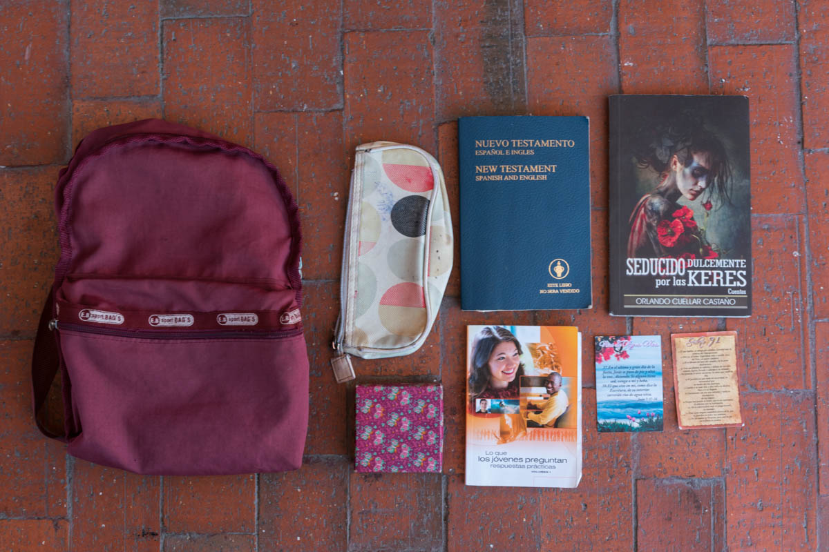 Maria* is currently homeless and has only a small backpack with her from Venezuela. Inside she has an empty pencil case, a small jewelry box, a bible, two books and two prayer cards. These are everything she now owns. [Iris V. Ebert/IRC]