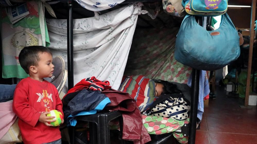Venezuelan exodus approaching crisis moment -UN agency