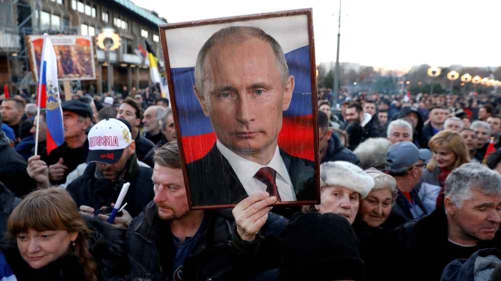Poll shows Russia's trust in Putin falls to all-time low