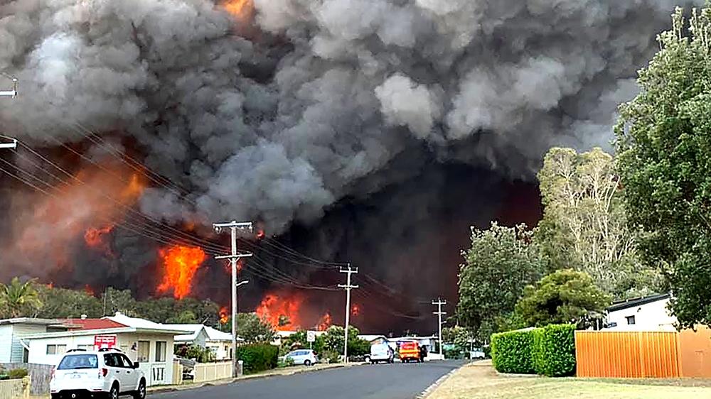 australia braces for  u0026 39 catastrophic u0026 39  conditions as bushfires rage