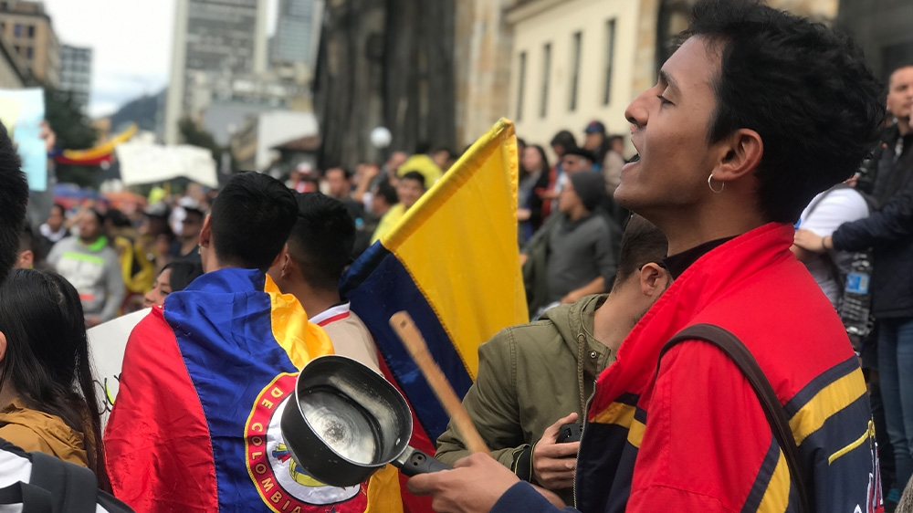Colombians march for 7th day against Duque