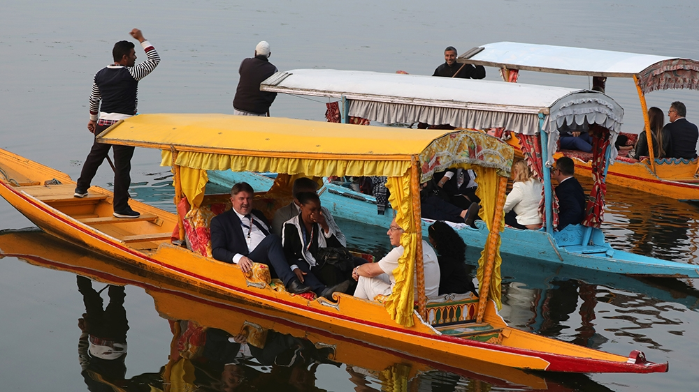 Members of European delegation enjoy local Shikara ride in world famed Dal Lake in Srinagar 29 October 2019. A 27-member European Union delegation arrived in Indian-administered Kashmir on 29 October