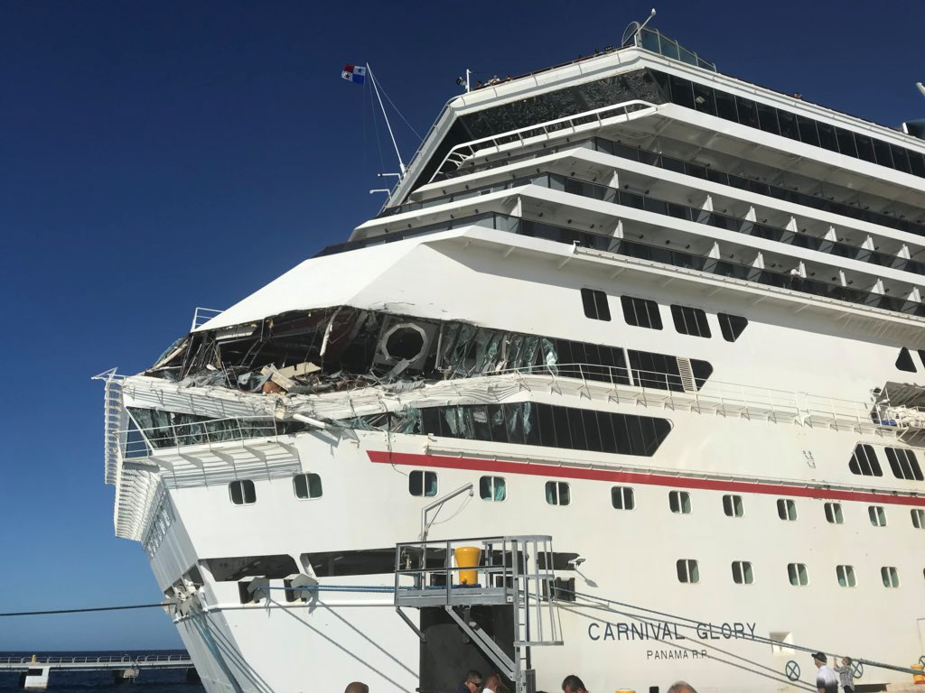 Carnival Glory cruise ship crashes into Carnival Legend ...