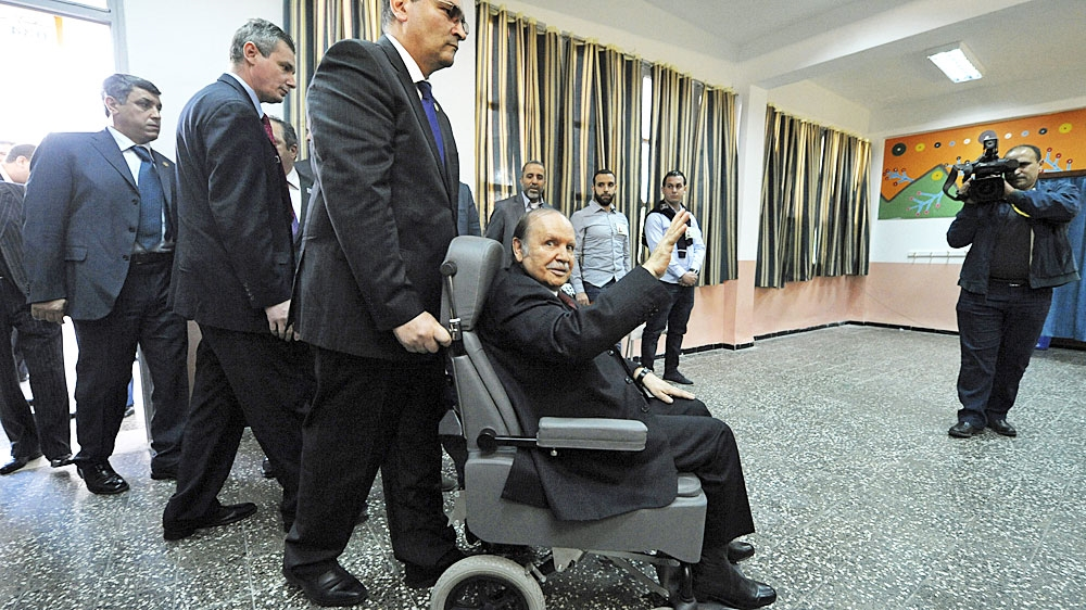 Algeria's chief of army staff turns against Bouteflika