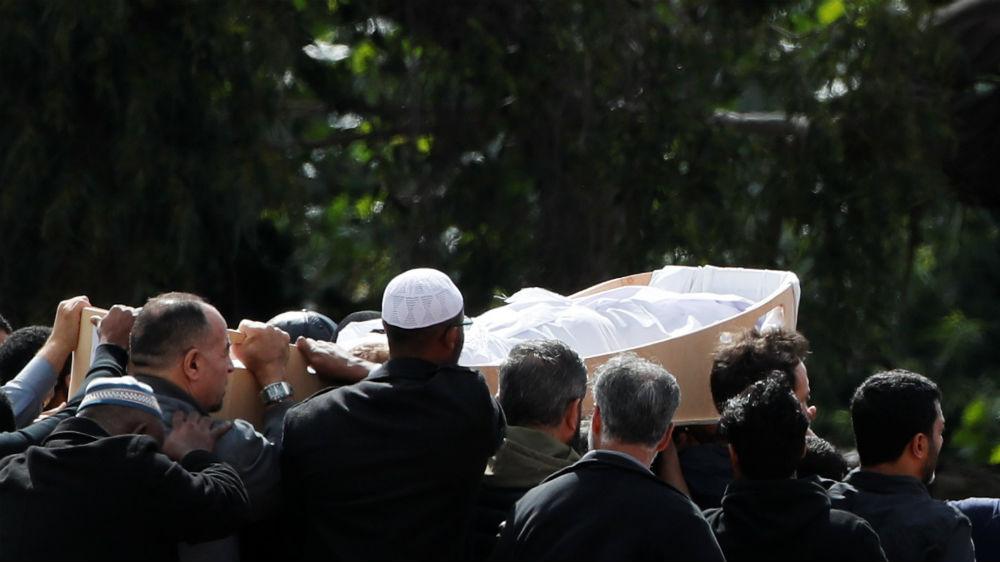 Relatives of Christchurch mosque attacks bury their dead