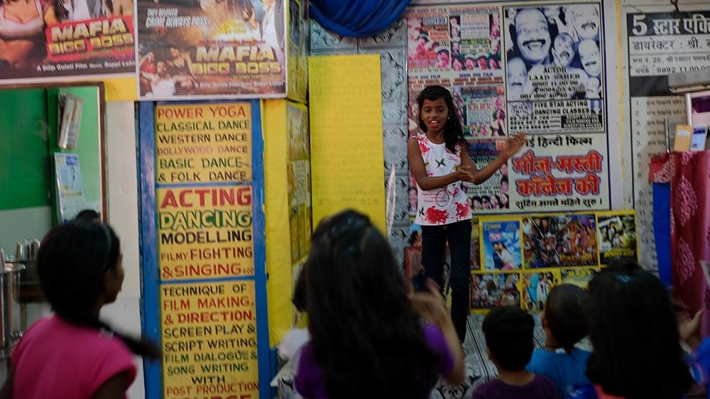 In a Mumbai slum, acting school stirs Bollywood ambitions