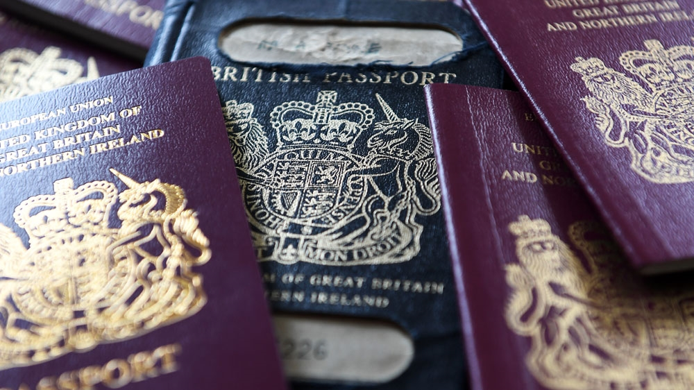 Uk Issues Passports Without Eu Label Despite Brexit Uncertainty