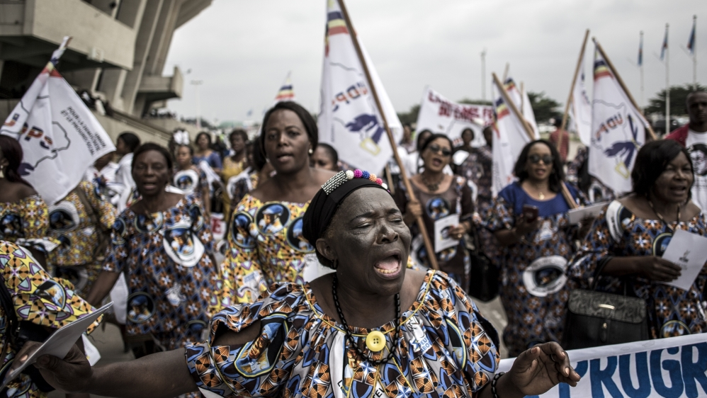Supporters of former DR Congo Prime Minister and opposition leader Etienne Tshisekedi sing and dance ahead of his mourning ceremony