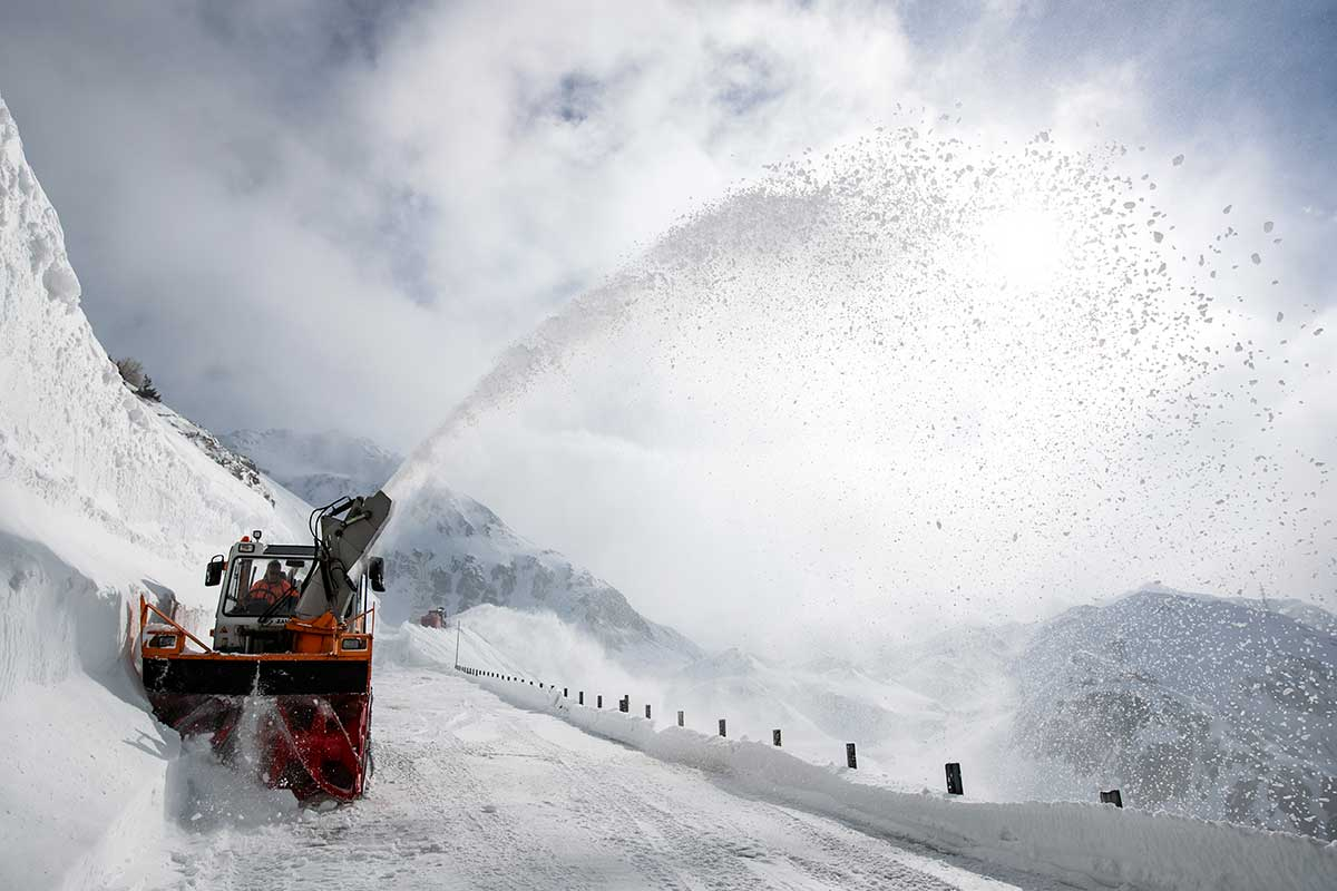 A snowplough clears part of the Gotthard pass that links the north of Switzerland to the south. It is expected to officially reopen at the end of May. [Alexandra Wey/EPA-EFE]
