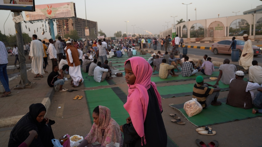 Khartoum Protests Continue As Military Delays Ceding Power