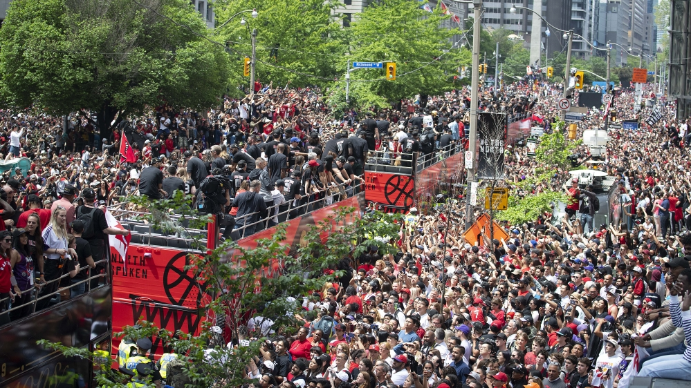 Canada: Two shot, two arrested at Raptors celebration rally