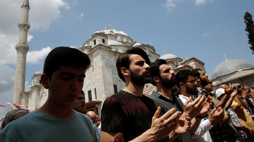 Turkey prayers for Morsi