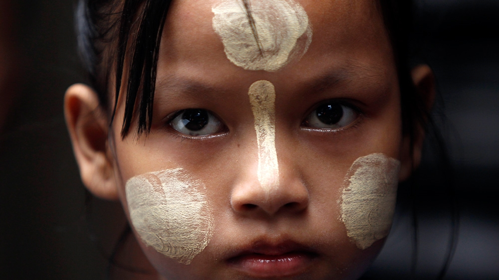 Thailand Mae La refugee girl