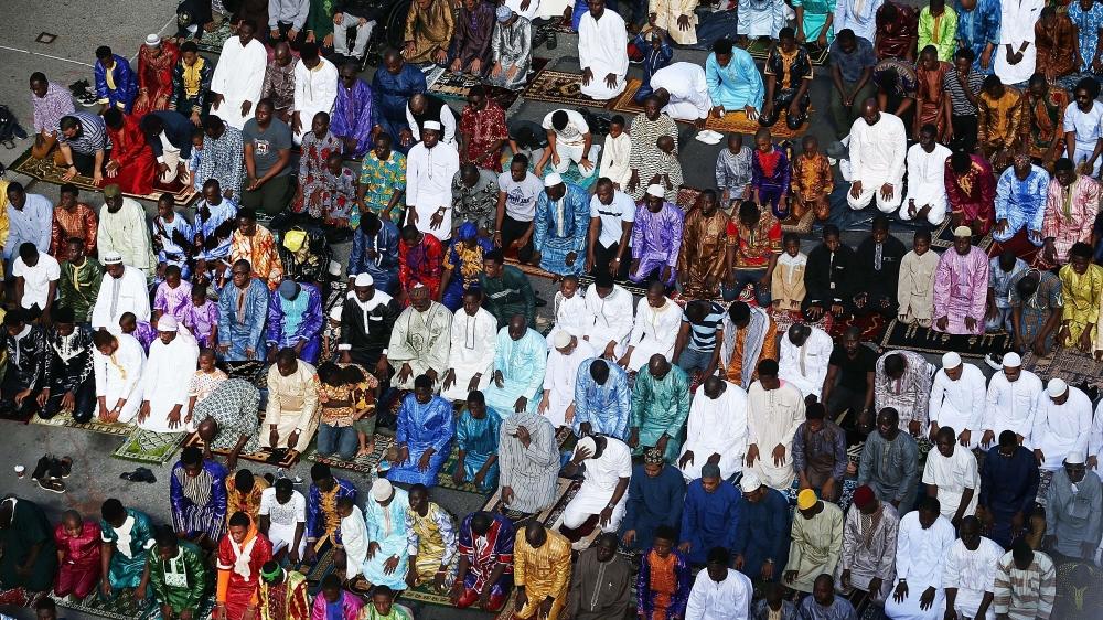 Eid Al-Fitr Prayer Held At Manhattan Mosque