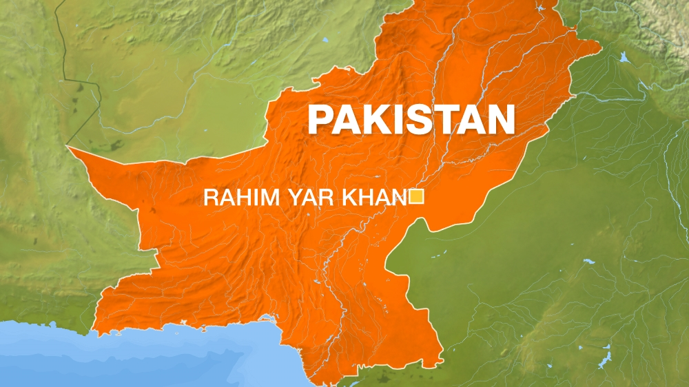 At least 16 killed, 84 injured in Pakistan train crash