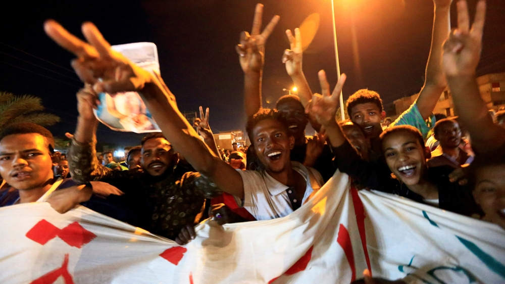 Demonstrators in Sudan demand justice for army crackdown victims thumbnail