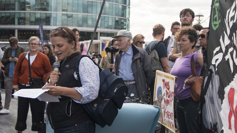 Extinction Rebellion tax strike in London [Ylenia Gostoli/Al Jazeera]