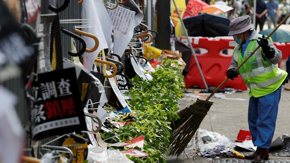 Hong Kong protests clean up
